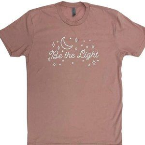 """NWT Cozy """"Be The Light"""" Graphic Tee"""